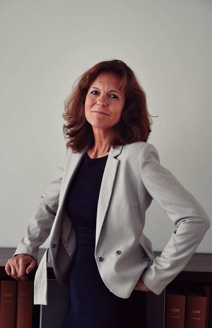 Frau Kisch (Assistenz Damerau)